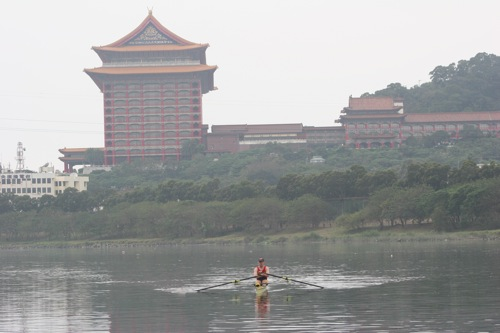 ted-rowing-taipei1.jpg